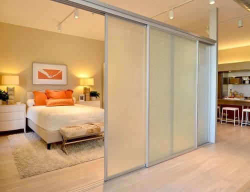 Làm vách ngăn nhôm kính phòng ngủ đẹp