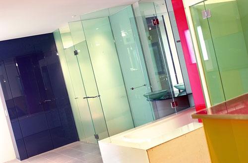 Kính màu trang trí nội ngoại thất, văn phòng