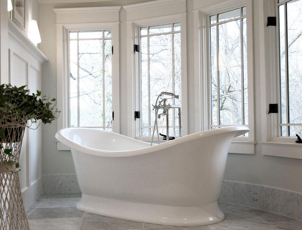 Cửa sổ phòng tắm thoáng và khá an toàn