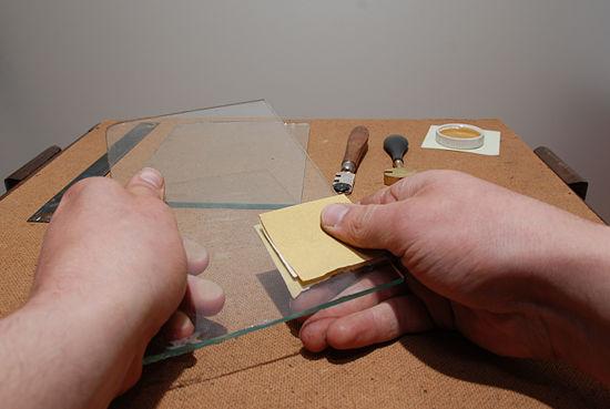Как резать закаленное стекла в домашних условиях 779