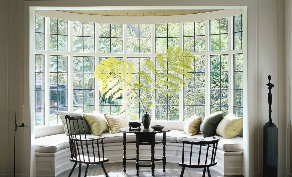 Mẫu cửa sổ rộng rãi dành cho các biệt thự
