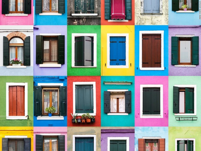 Kết hợp cửa sổ nhiều màu sắc nhìn bắt mắt